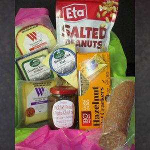CheeseShop Gourmet Gift Hamper Ale and Hearty