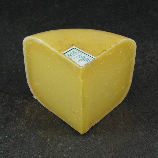 CheeseShop Mahoe Very Old Gouda cut fresh